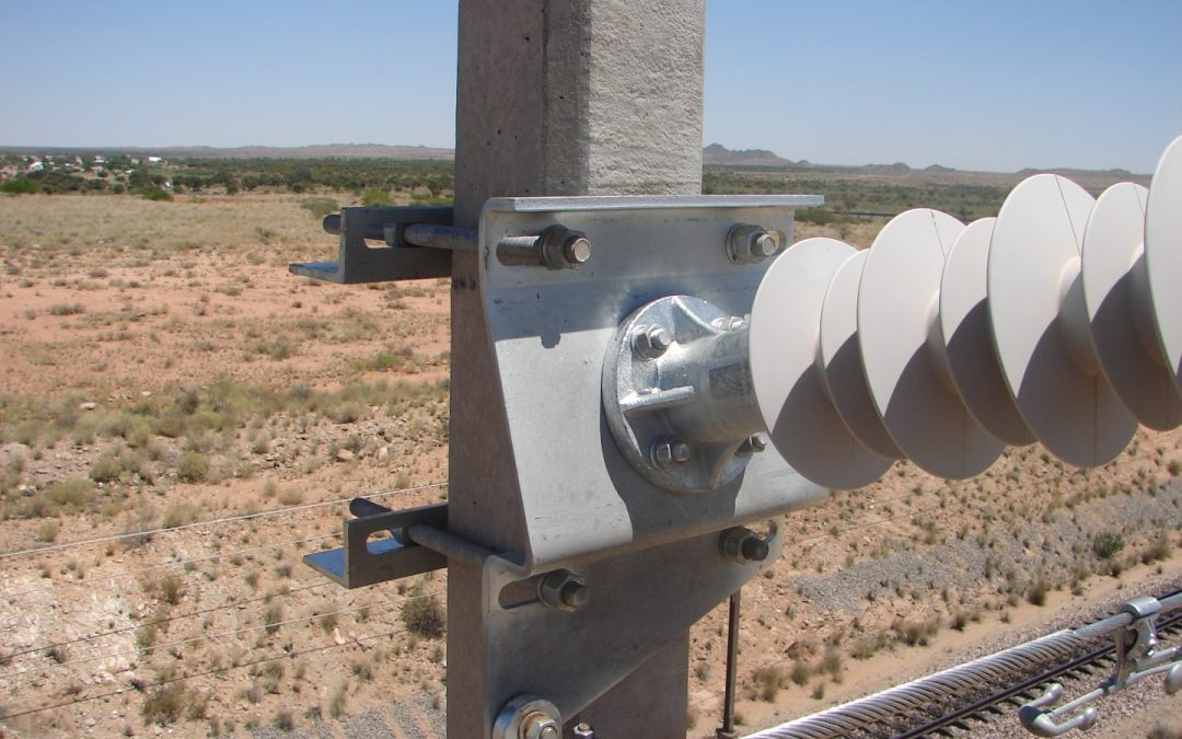 Electrical High and Medium Composite Insulators for overhead powerline infrastructure